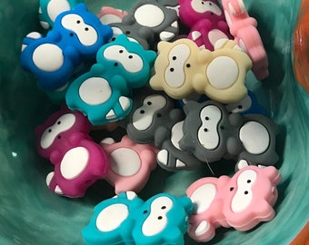 Raccoon TEETHING BEADS // Raccoon Beads // Baby Teething Beads // Silicone Beads // Silicone Baby //You Choose Color and Quantity / BPA free