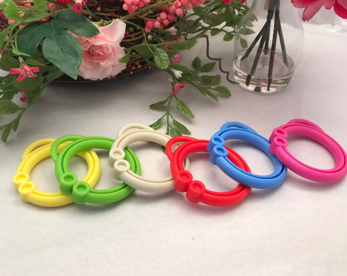Silicone STROLLER CLIP Sampler // Toy Clip / // Toy Hanging // Stroller Clip // Toy Making // DIY // Baby Teething // You Choose
