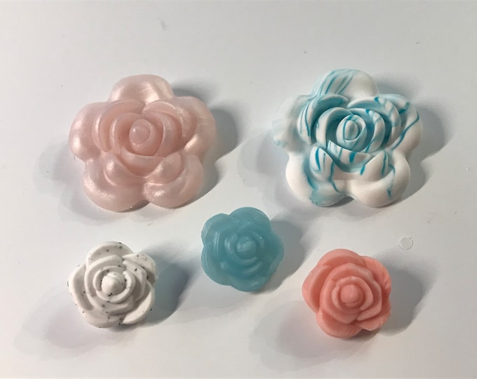 Five Silicone Roses // Sample Sale // Silicone Teether Pendant // Handmade Baby // Teething Toys Chew // Food Grade Silicone / BPA Free