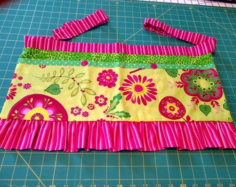 Long Girly Utility Apron // Yellow Floral // Teacher Apron // Craft Apron //Teacher Gift // Gift Idea // Under 35