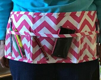 Utility Apron // Teacher Apron // Clear Pocket Apron // Craft Apron //Teacher Gift // Gift Idea // Under 20 // CaNdY PiNk ChEvRoN Gift idea