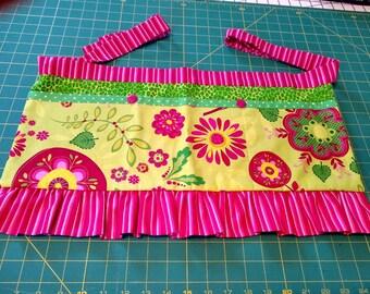Long Girly Utility Apron // Yellow Floral // Teacher Apron // Craft Apron //Teacher Gift // Gift Idea // Under 35