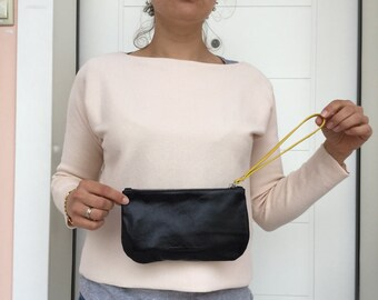 Small leather clutch with zipper/ Black leather clutch by Lara Klass