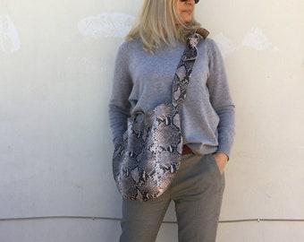 Shake Leather bag/ Gray hobo bag/ Leather hobo bag/ Minimal leather bag/ Medium leather bag