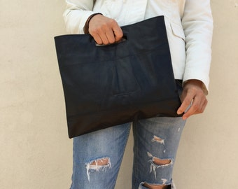 Black clutch/ Everyday clutch/ Large leather clutch/ By Lara Klass