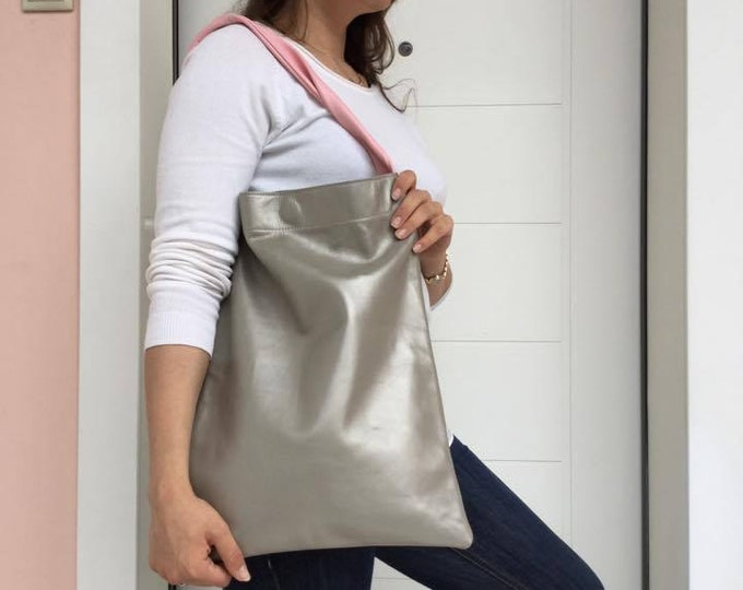 Leather Tote Bag/ Silver tote Bag/ Everyday Shoulder bag/ Gray metallic bag