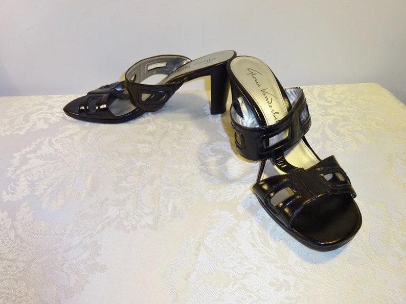 82791c7fc4143 Vintage Gloria Vanderbilt Sandals Black Slides Sandals 8 Medium Shoes