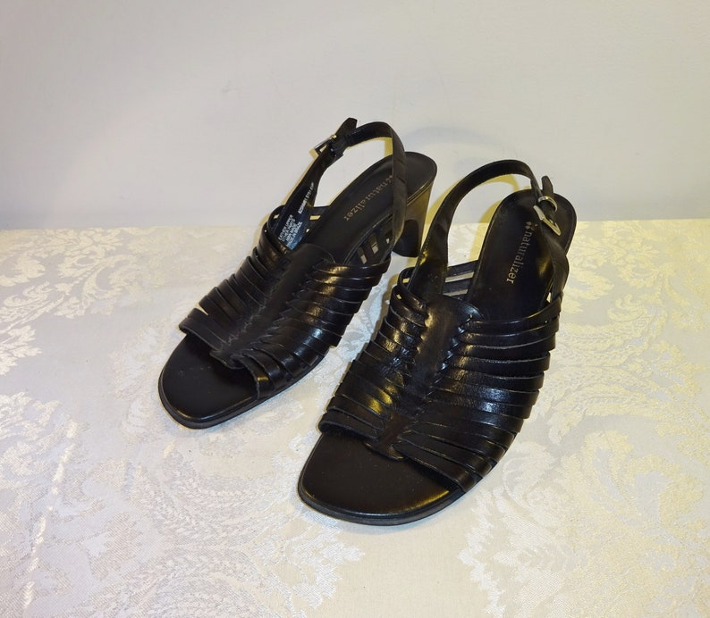 819d1306f8b9 Vintage Huaraches Naturalizer Leather Sandals 8 1 2 Medium