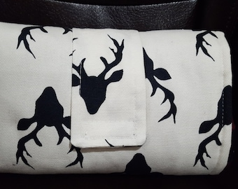 On the Go Changing Pad-White Black Buck -Woodland