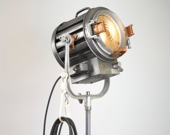 1960's Mole Richardson 1k 407 - Repurposed Vintage Hollywood Movie Light