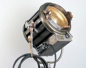 1940's 410 2K Mole Richardson Vintage Hollywood Movie Light: [Ultra Derelict Finish]