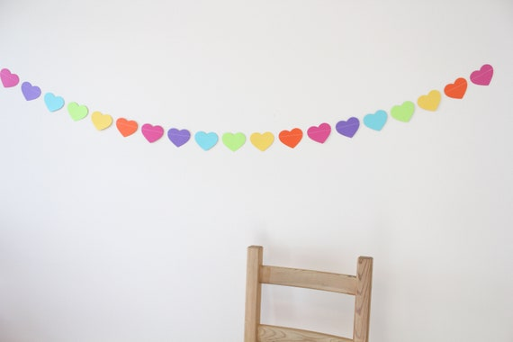 Heart Paper Garland- party decoration, birthday decor, rainbow decor- 5 FEET LONG