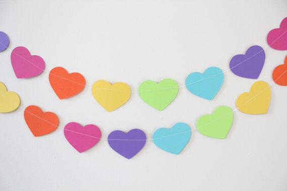 Birthday Decoration- Paper Garland, hearts, birthday decor, rainbow decor- 5 FEET LONG