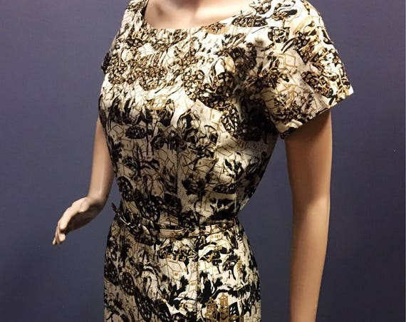 Vintage 1950s 1960 Mint Conditinn  Cotton Hand Painted Sequin Batik Dress w Belt  Medium 28 W