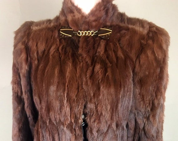 1940s Red Brown Fur Coat w Bakelite Fastener