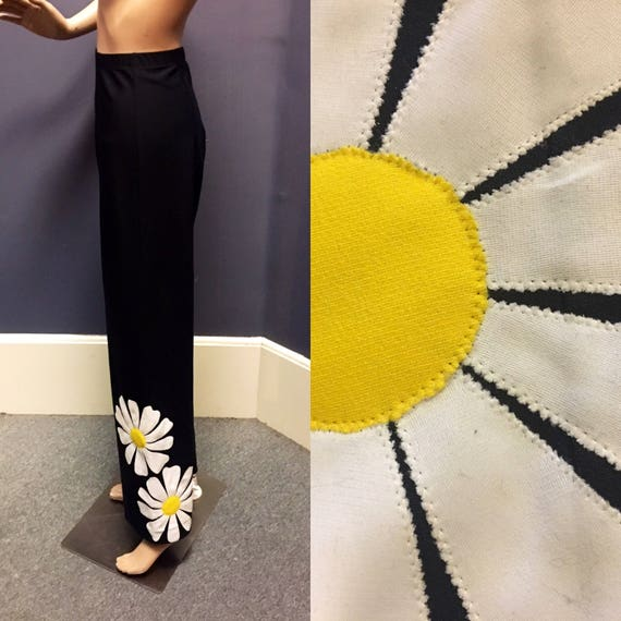 Vintage 1960s Nylon Black Stretch Pants Size Medium w Big Daisy by DeWeese