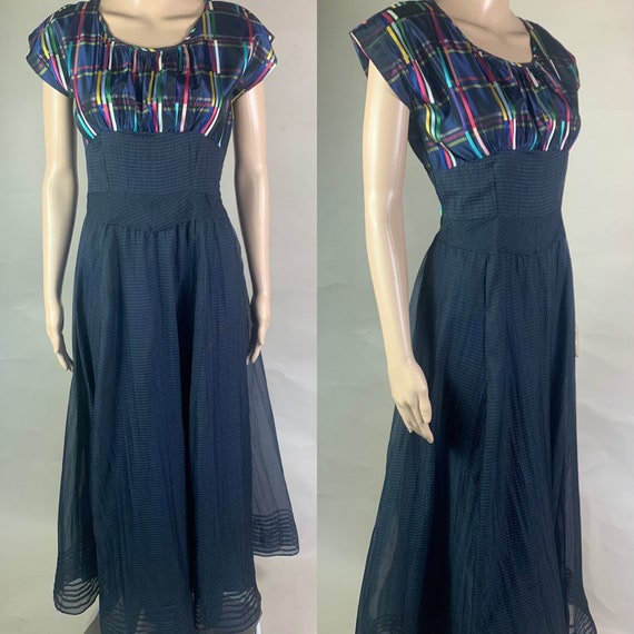 Vintage 1940s Plaid Taffeta and Chiffon Seersucker Dress Sm Med