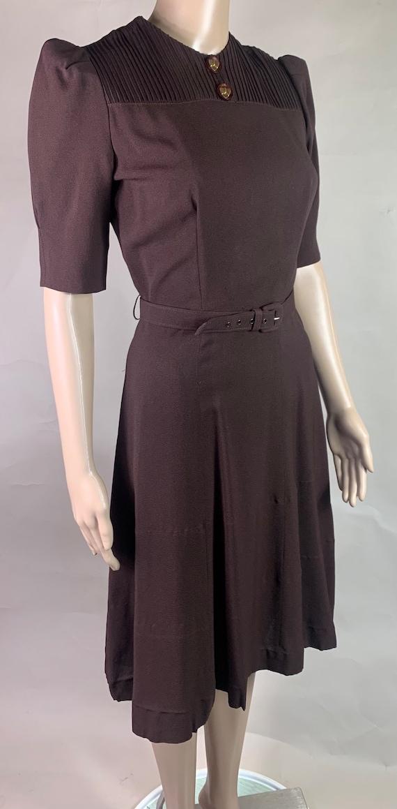 Vintage 1940s Brown Crepe Dress by ClothesUS 27 Waist