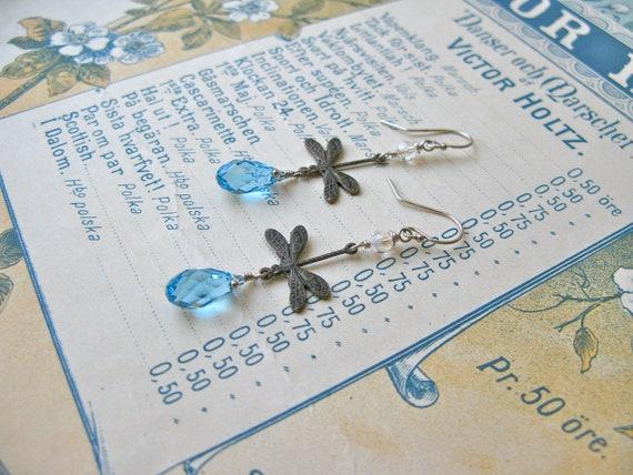 Garden earrings in aquama...