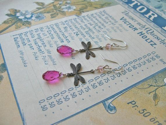 Garden earrings in fuchsi...