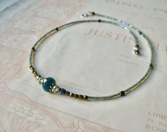 Meadow necklace in Dewy mix