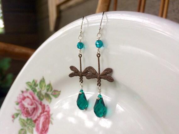 Garden earrings in emeral...