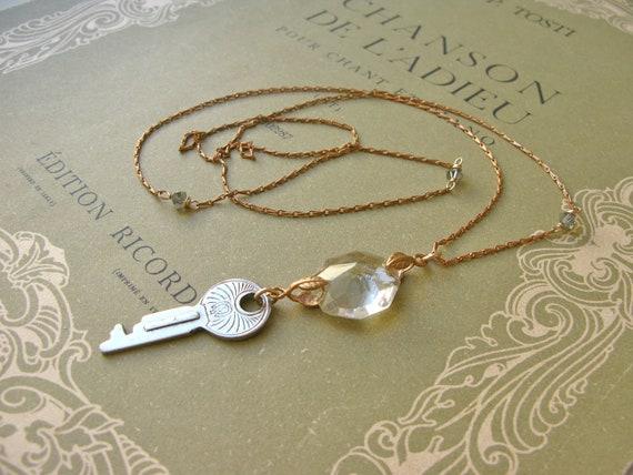 Jewel Box vintage key cha...
