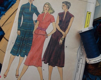 70's  Vogue 7561 Knit Dress, Top, and Skirt