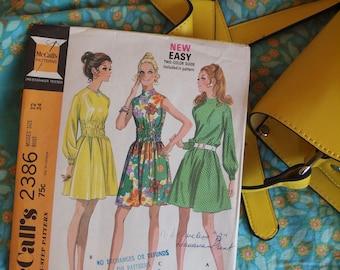 70's McCall's 2386 A-Line Dress