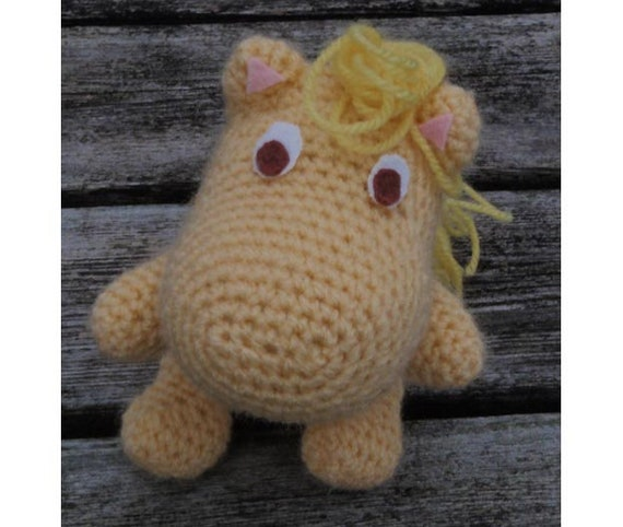Little My from The Moomins free amigurumi pattern – amiguruMEI | 482x570