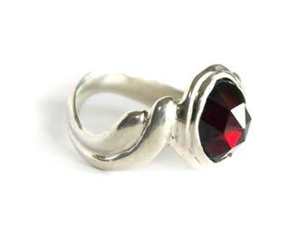 Gina, rose cut, garnet ring.