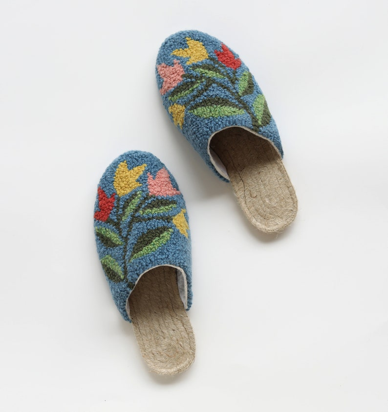 The ARTIST SERIES Espadrilles Slippers Kit: Punch Needle image 0