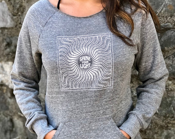 SHINE YOUR LIGHT Triblend Fleece Raglan with Pouch Pocket