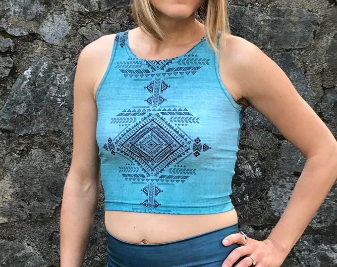 OMBRE Teal TRIBAL FITNESS Crop Top