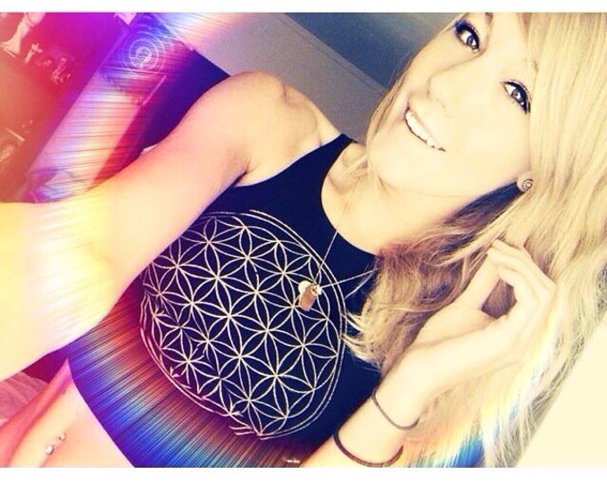Simple FLOWER of LIFE Fitted Crop Tank