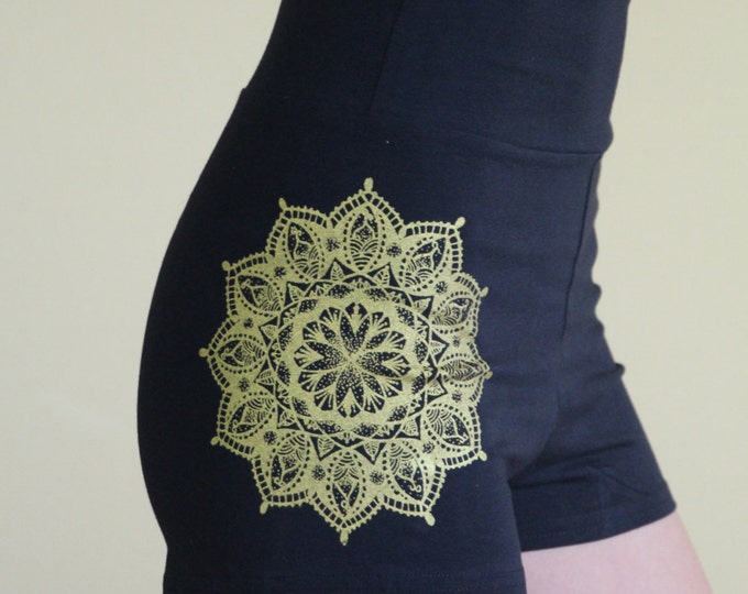 Henna Goddess Hot Short