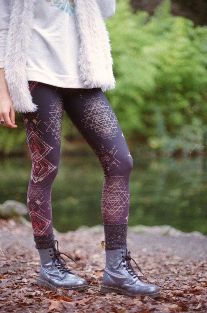 SRI YANTRA Totem FITNESS Yoga Leggings image 0