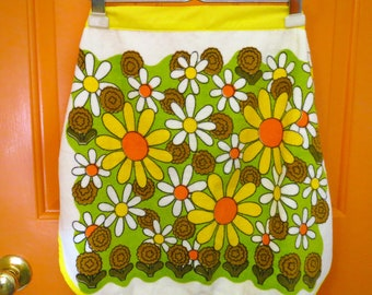 Vintage 1970s Retro MOD Groovy Yellow Flower Power Terry Cloth Fabric Kitchen Apron