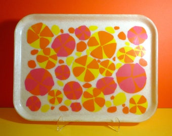 Vintage 1960s MID Century MOD Flower Power Pinwheel Spaghetti Plastic Cafeteria Tray