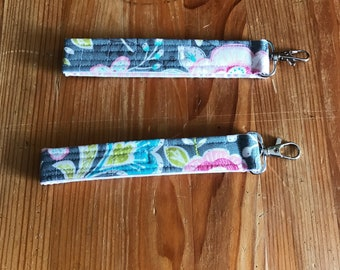 Floral key fobs, quilted