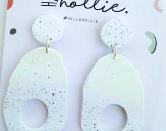 O'Dangle - White