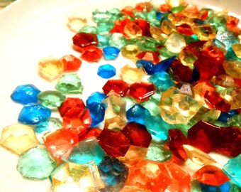 Party FAVORS,  Candy Gems, Edible Diamonds, Sugar Jewels, Favor Bags, Cupcake Toppers, Cake Decorations, 60