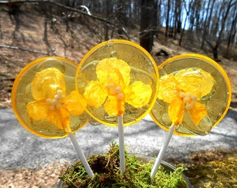 18 Banana Sunrise Yellow Rose Giant Lollipops Edible Petals Wedding Favors