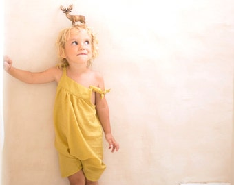 Yellow overalls in light cotton plumetis, size 3 years