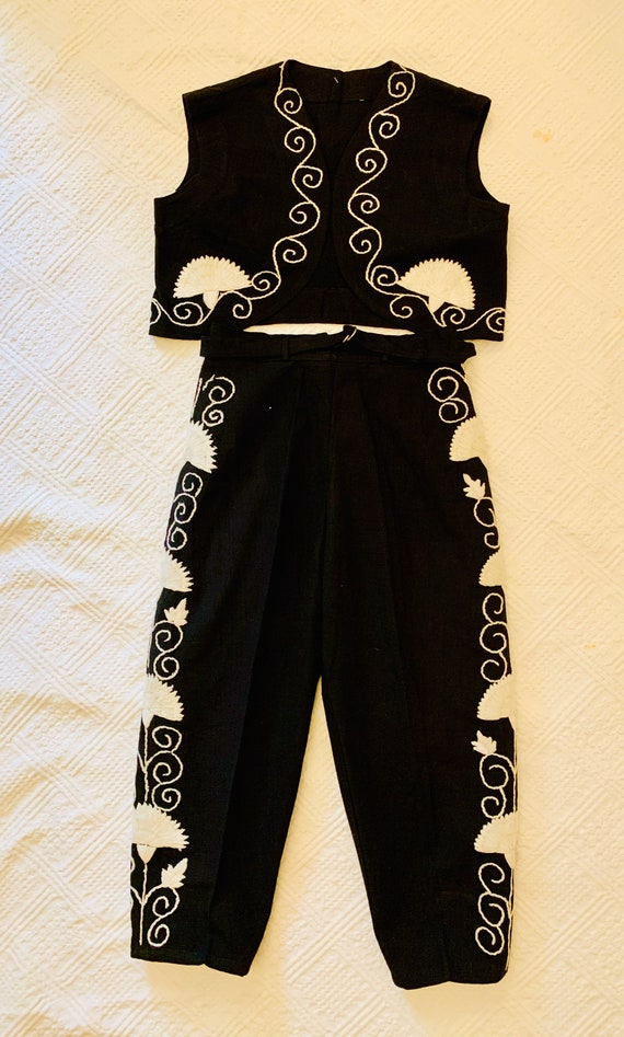 1950's Women's Matador Set - Capri Pants & Bolero