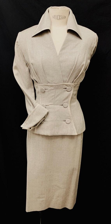 1950's Women's Grey Woollen Lilli Ann Suit