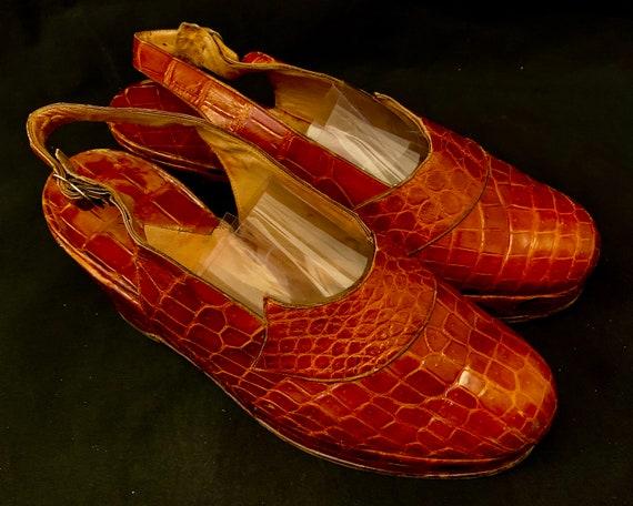 1940's Women's Brown  Gator Skin Platform Wedges