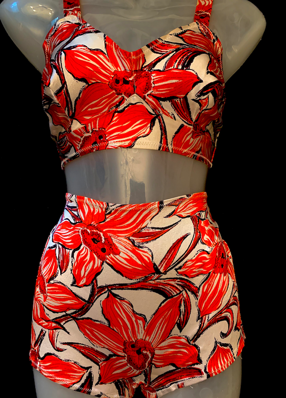 1940's Red & White Elasticated  High Waisted Sati… - image 3