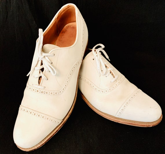 Men's 1940's White Buck Skin ;ace up Shoes by Walk