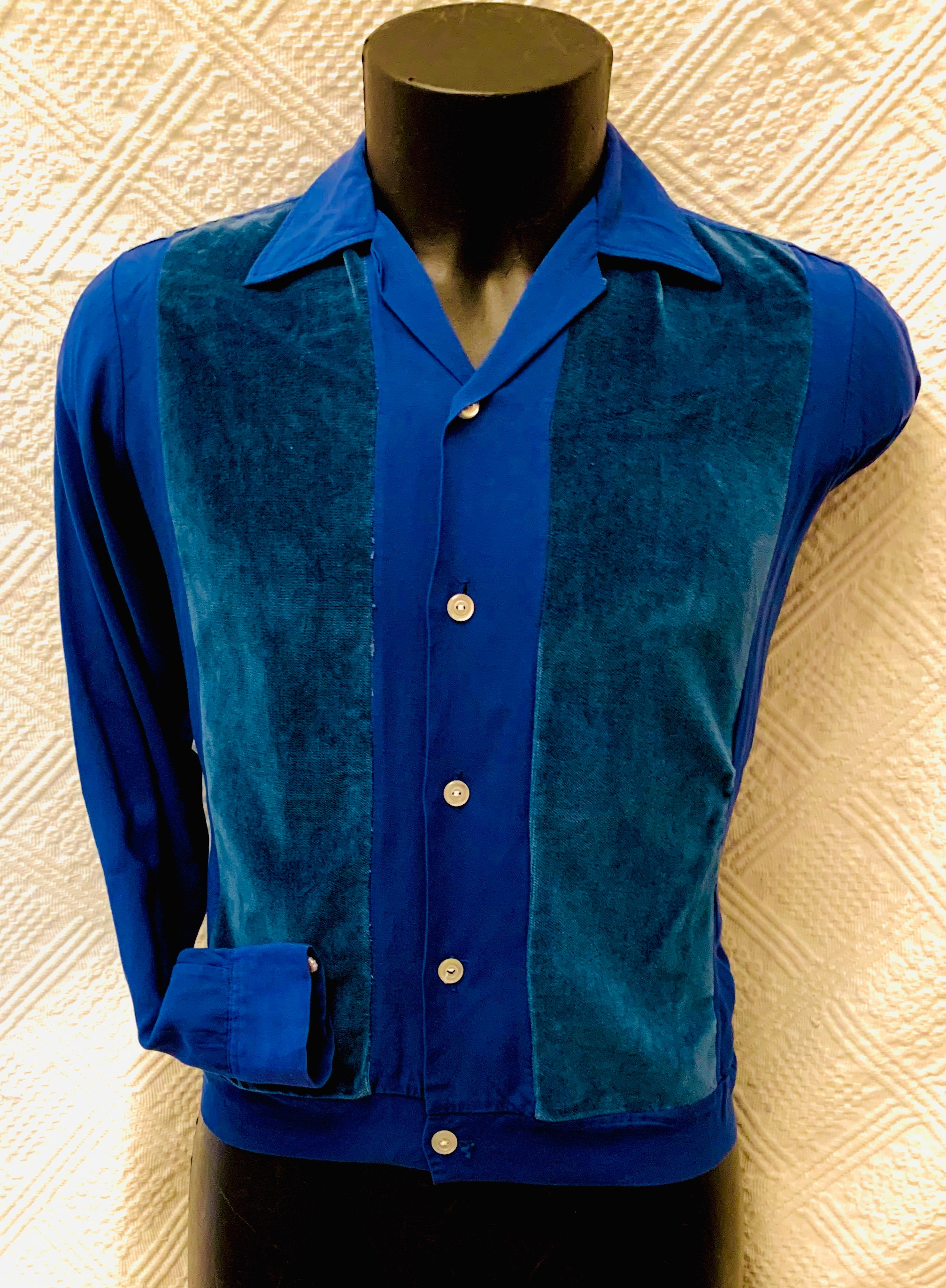 1950s Men's Ties, Bow Ties – Vintage, Skinny, Knit 1950s Mens Petrol Blue Velvet Panelled Long Sleeve Shirt Jac $176.63 AT vintagedancer.com